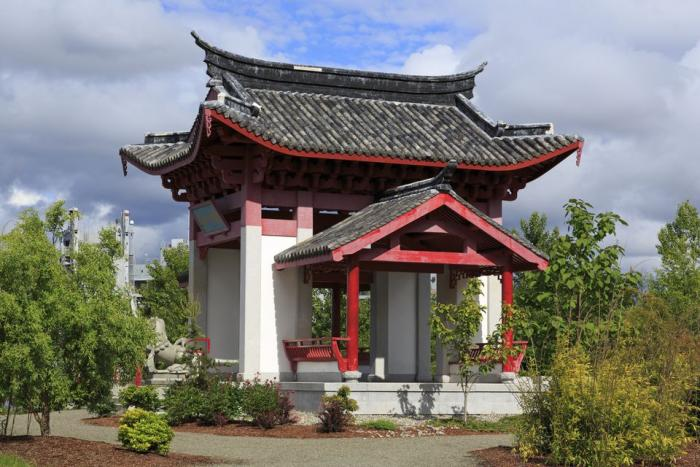Fuzhou Ting in Chinese Reconciliation Park, photo by Richard Cummins