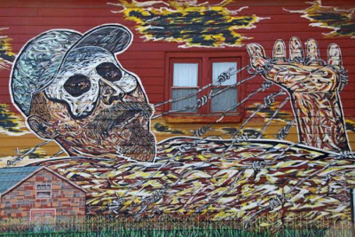 Home of muralist Hector Duarte on Cullerton Street