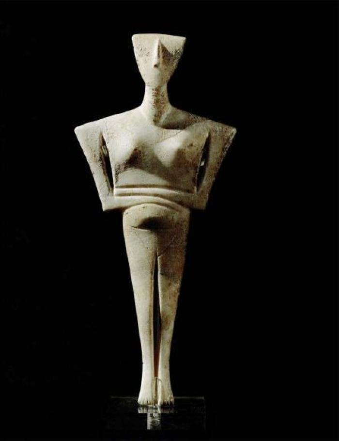 A Cycladic figurine (2500-2300 BCE, National Archaeological Museum, Athens), influential in modernist art, and a useful case study in the role of these objects in the ancient world.